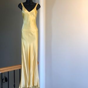 """How to lose a guy"" dress yellow silk 0/2 prom"